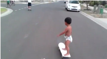 2 year old skater Kahlei